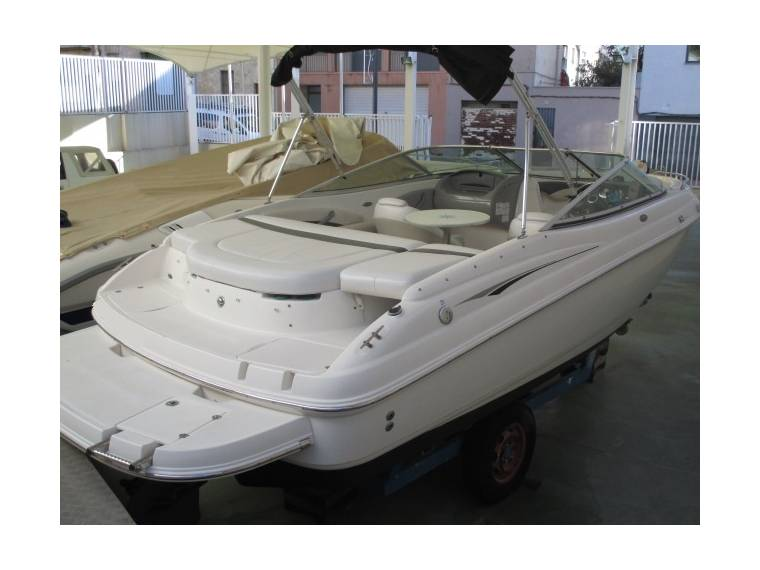 Chaparral Boats Chaparral 204 SSI