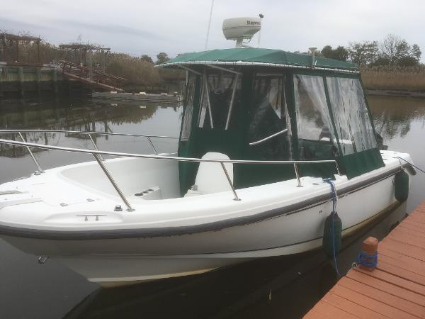 Boston Whaler Outrage 23 2000 Boston Whaler Outrage 23