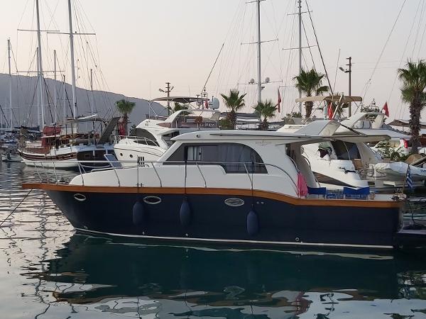 Viking Marin 34 Sedan Viking Marin 34 for sale in Greece