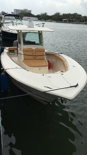 Scout Boats 320 LXF