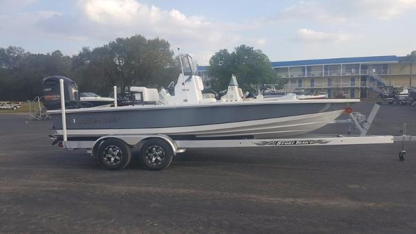 Blazer Boats 2220 Fisherman