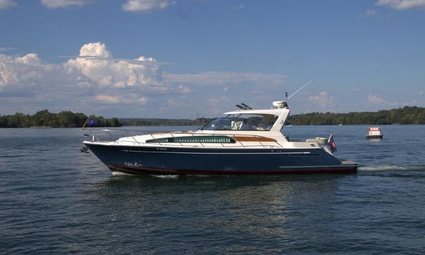 Chris-Craft Roamer Heritage