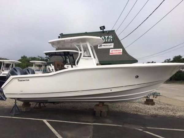 Tidewater 252 CC Adventure