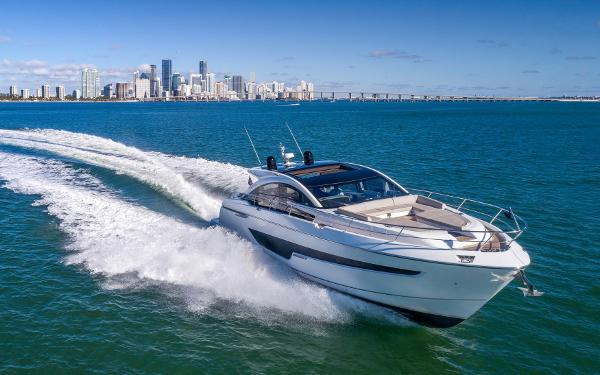 Fairline Targa 65 GTO Fairline Targa 63 GTO