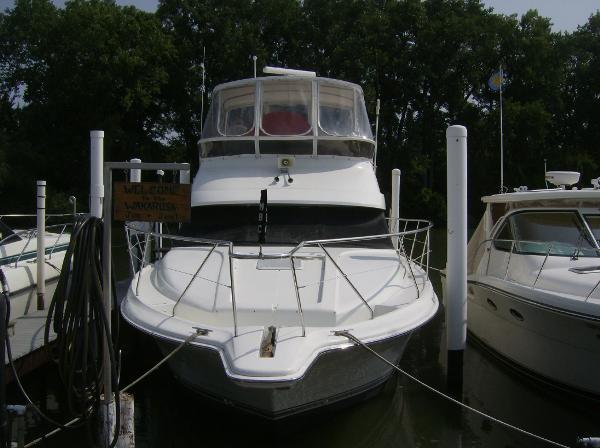 Silverton 442 Cockpit Motor Yacht