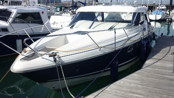 Aquador 26 HT Aquador 26 - Hull