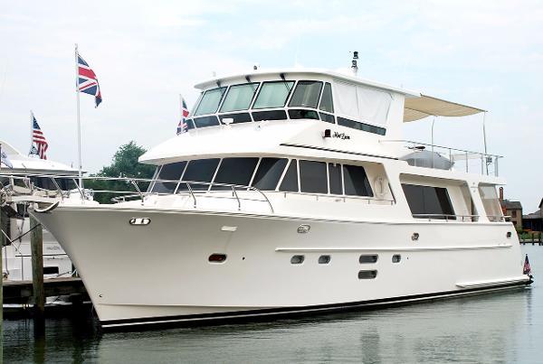 Hampton Motor yacht 68' Hampton Motor Yacht MIA LUCIA