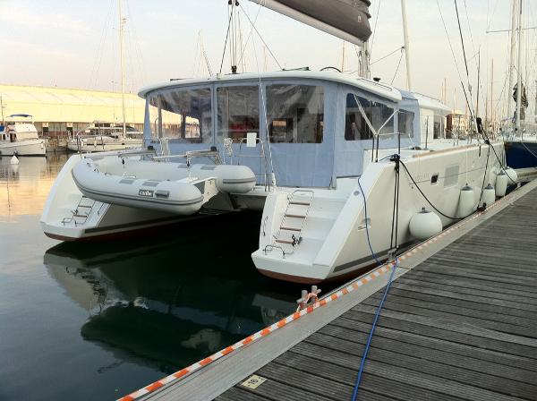 Lagoon 450 Owners Version Lagoon 450 Owners Version (2011)
