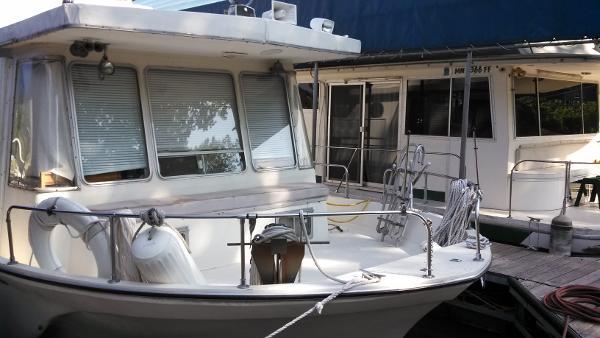 Boatel Houseboats 47 Islander