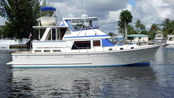 Offshore Yachts 48 Yachtfisher Profile