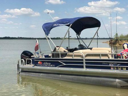 Fishing Pontoon Boats For Sale >> Pontoon Boats For Sale Boats Com