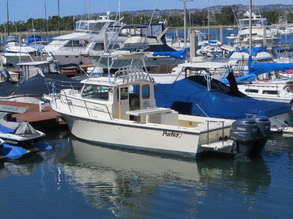 Parker 2820 XLD Sport Cabin w/Trailer Actual Boat