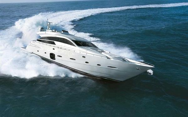Pershing 92 Motor Yacht Profile Sister Ship