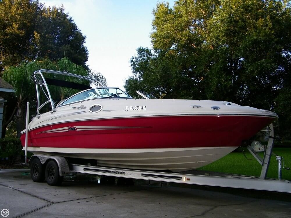 Sea Ray 240 Sundeck 2007 Sea Ray 240 Sundeck for sale in Lutz, FL