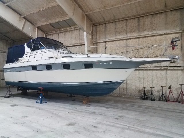 Cruisers Yachts 336ULTRAVEE