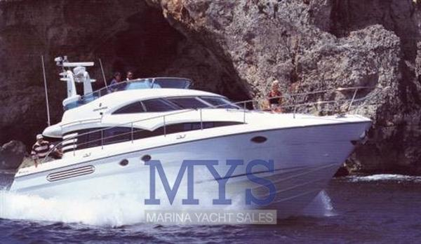 Fairline Squadron 52 FAIRLINE 52 SQUADRON