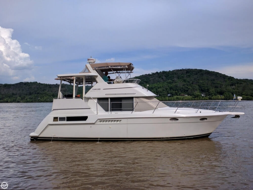Carver 355 Aft Cabin 1998 Carver 355 AFT CABIN for sale in Aurora, IN