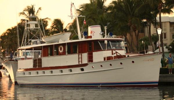 Trumpy Motoryacht