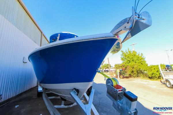 Sea Chaser 27HFC