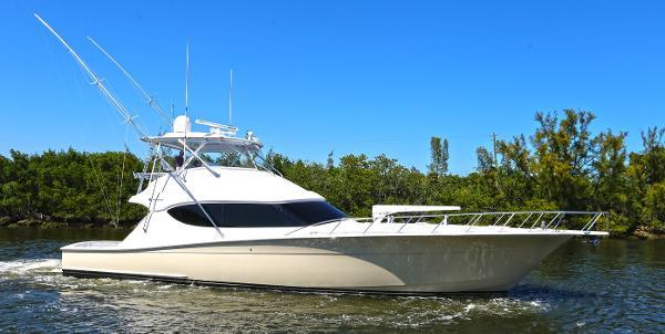 Hatteras Sport Fisherman / Convertible