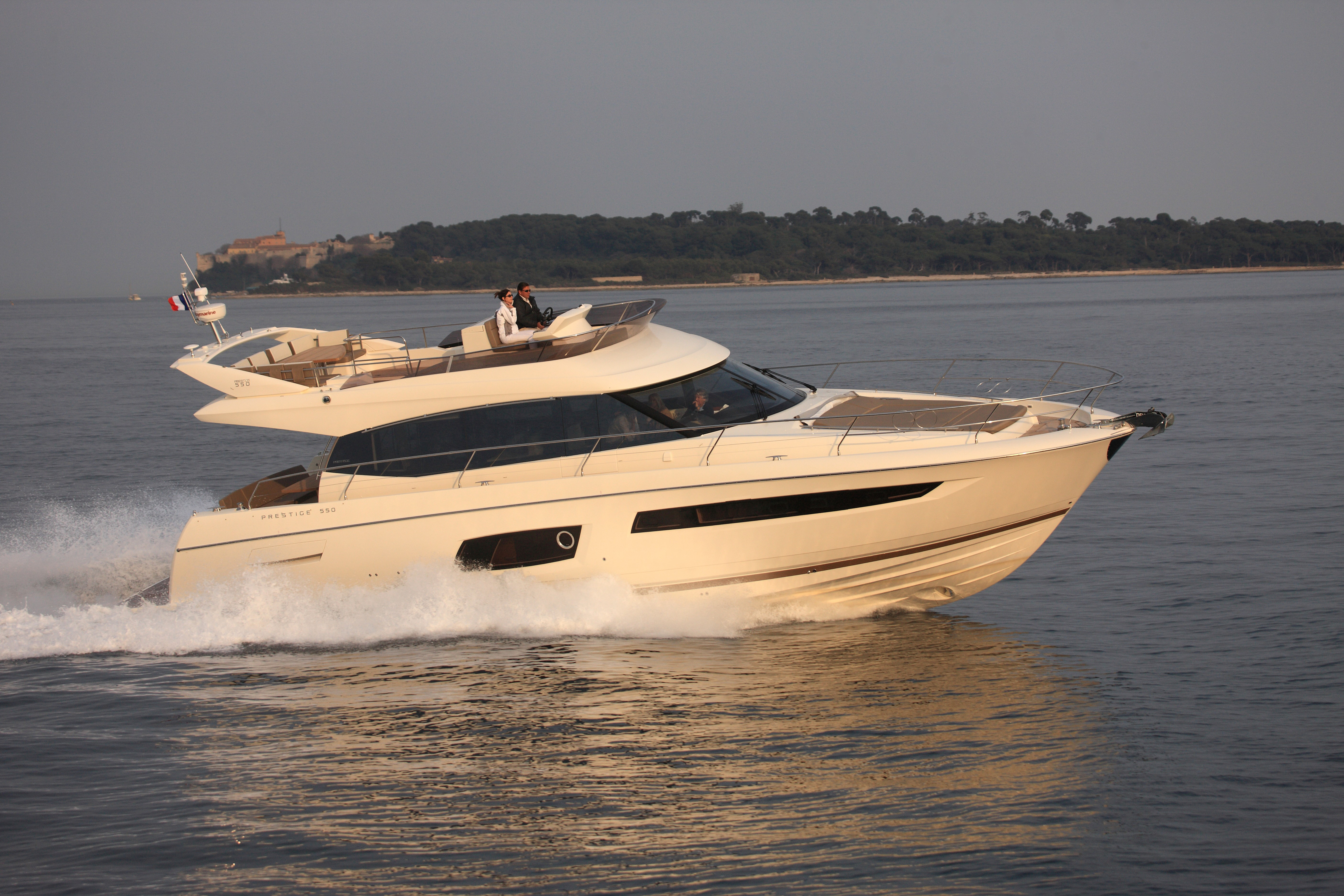 Prestige 560 Prestige 560 Yacht