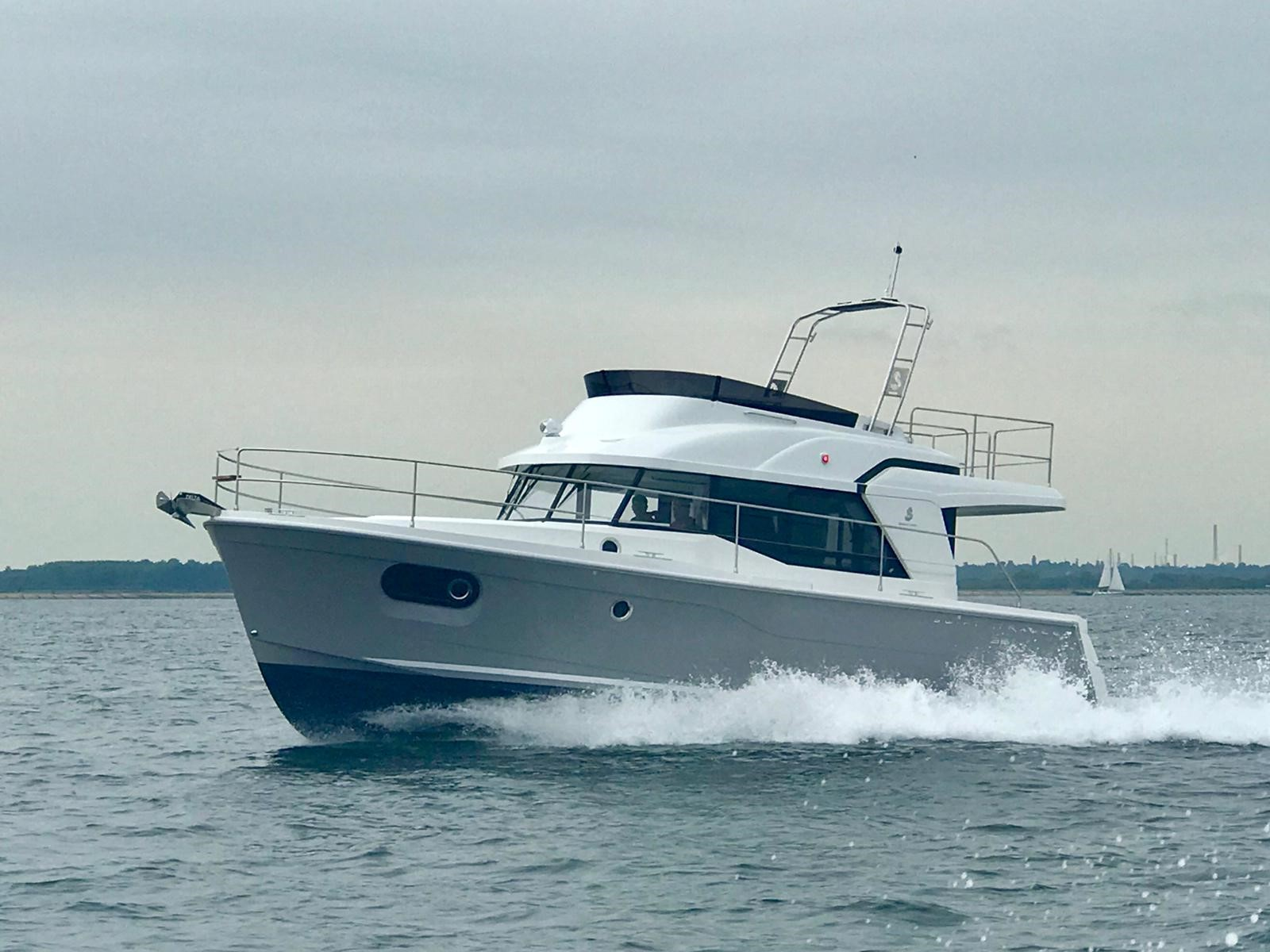 Beneteau Swift Trawler 35 Swift Trawler 35