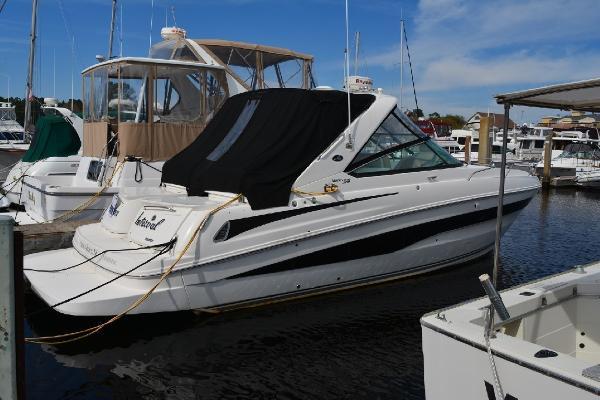 Sea Ray 370 Venture Profile