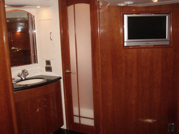 Ensuite Head Sistership Photo