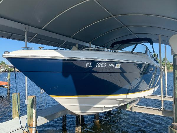 Regal 2900 Bowrider Sea Ray Bow