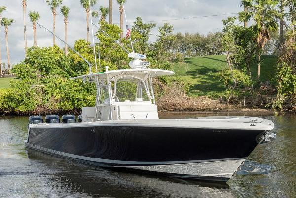 Sea Vee 2008/2012 Open Fisherman LE  39' Sea Vee