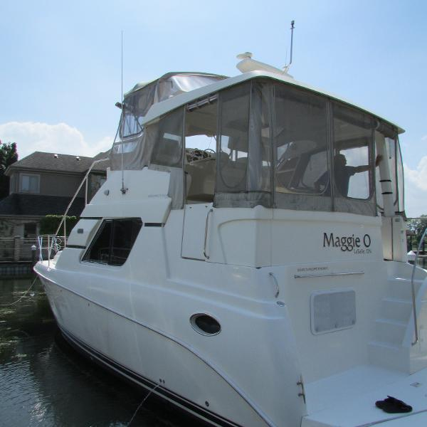 Silverton 352 Motor Yacht Stern Looking Forward