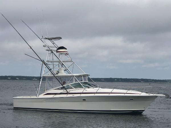 Riviera 40 Express Sportfish w/Tower