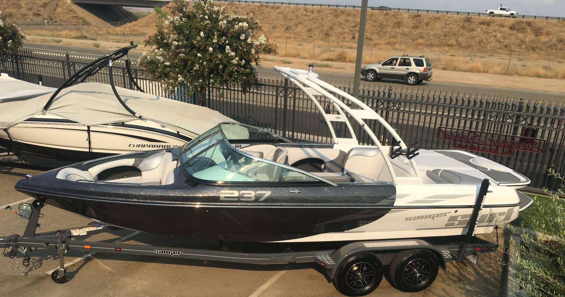 Sanger Boats V237 SX