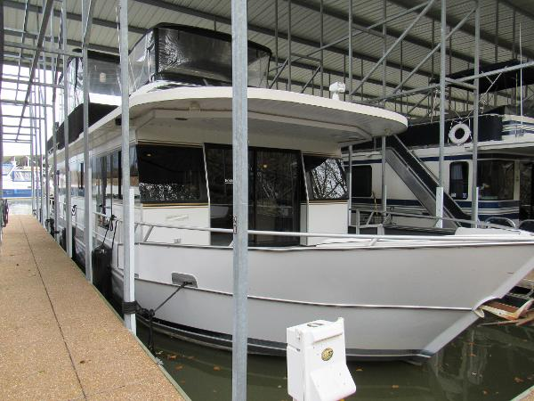 Monticello River Yacht