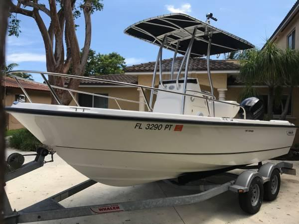 Boston Whaler 190 Outrage 2014 Boston Whaler 19 Outrage