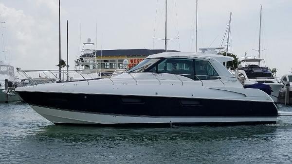 Cruisers 48 Cantius cruisers 48