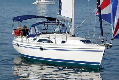 Catalina 355 Under Sail