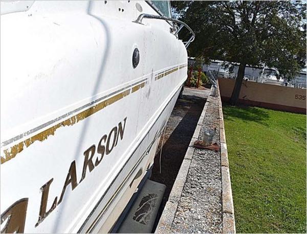 Larson Cabrio 274