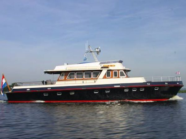 Motoryacht Croix du Sud (ex MTB)