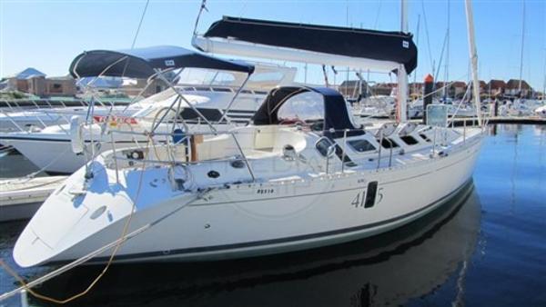 Beneteau First 41.5 BENETEAU - FIRST 41S5 - exteriors