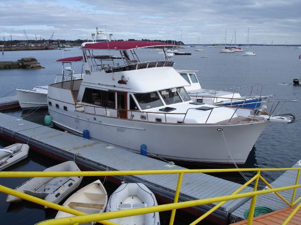 45' 46' Sea Ranger Sundeck Trawler - Flybridge - Aft Cabin - Twin Diesel Trawler For Sale