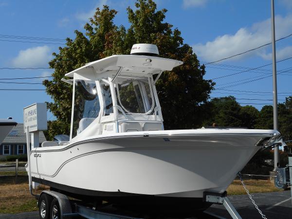 Sea Fox 248 Commander Starboard Bow
