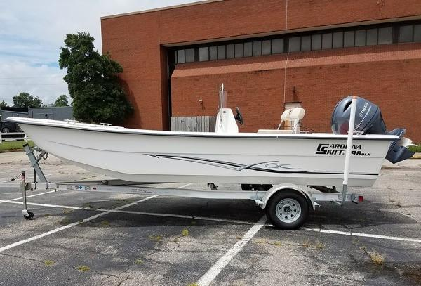 Carolina Skiff DLX Series 1980