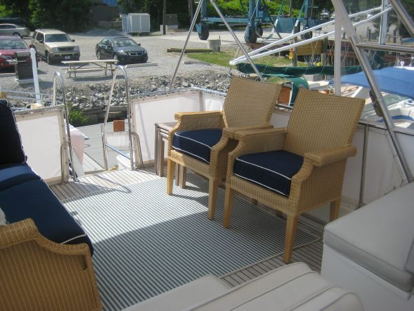 Flybridge Chairs