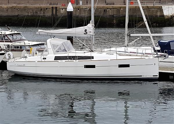 Beneteau Oceanis 38 Beneteau Oceanis 38 with BJ Marine
