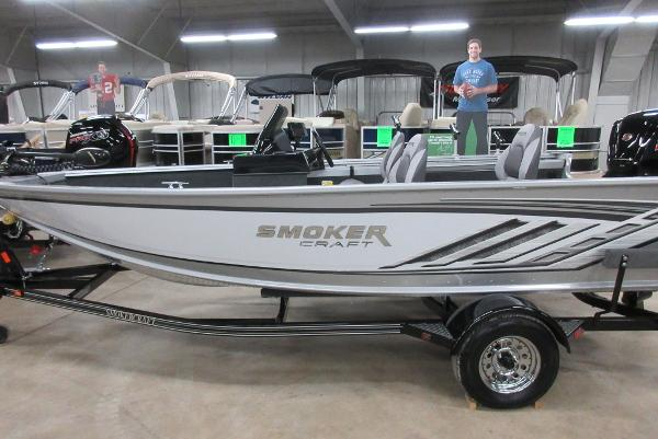 Horn ford marine boats for sale 2 for Smoker craft pro mag