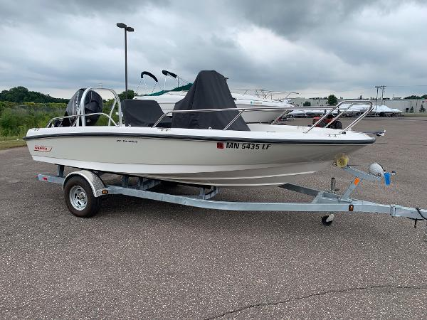 Boston Whaler 18 DNT