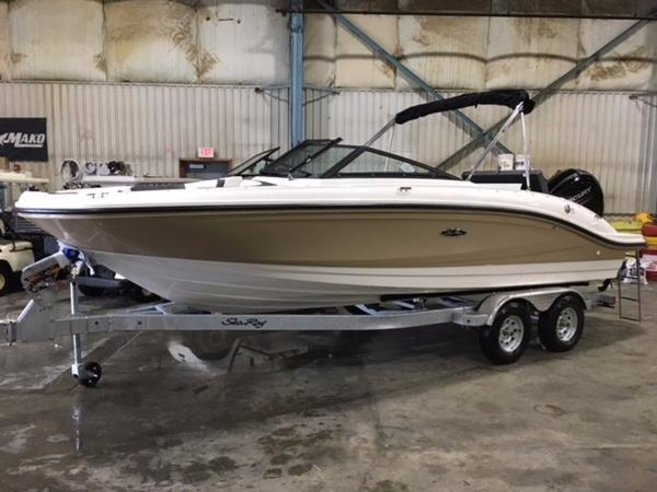 Sea Ray 210 SPO