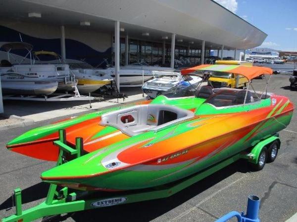 Eliminator Boats 25 Daytona Bow rider