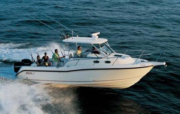 Boston Whaler 305 Conquest Manufacturers picture of sistership